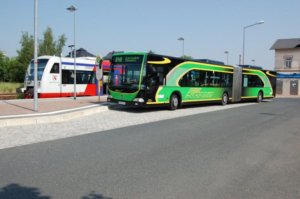 mb o 530 g busbahn mw r 110 trifft auf citybahn chemnitz gmbh regioshuttle rs 1 in. Black Bedroom Furniture Sets. Home Design Ideas